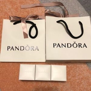 Pandora gift bag and box